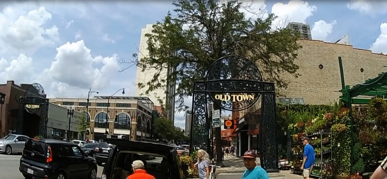 chicago-oldtown-gate.jpg