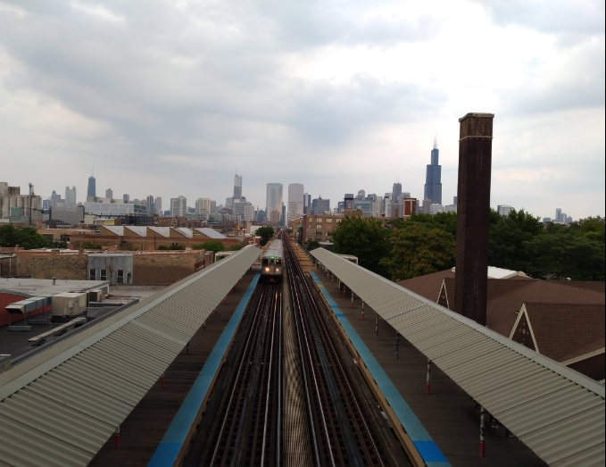 chicago-L-train.jpg